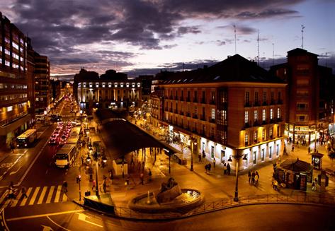 La buena hora, Plaza de España. Valladolid