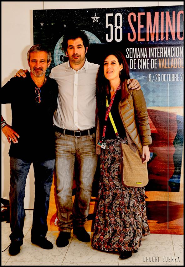 Juan Taratuto con parte de su equipo de producción
