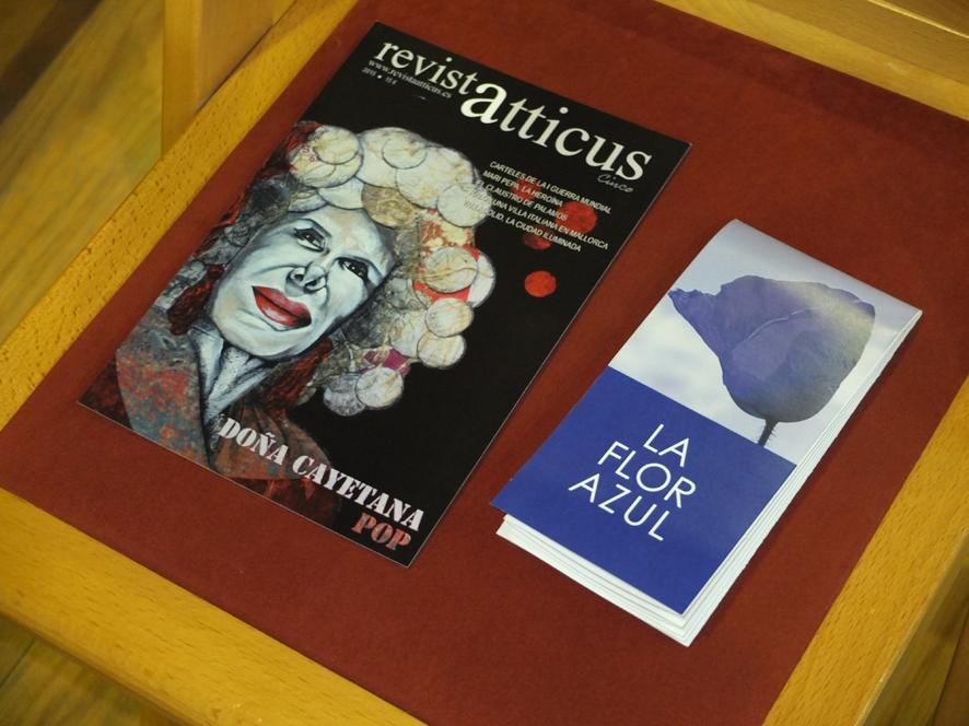 Portada Revista Atticus Cinco y La flor azul de Gustavo Martín Garzo con ilustraciones de Marco Temprano