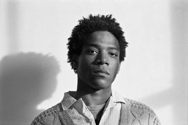 Jean-Michel Basquiat, 1984 Fotografía de Lee Jaffe, Copyright, Reservados todos los derechos. Cortesía de LW Archives