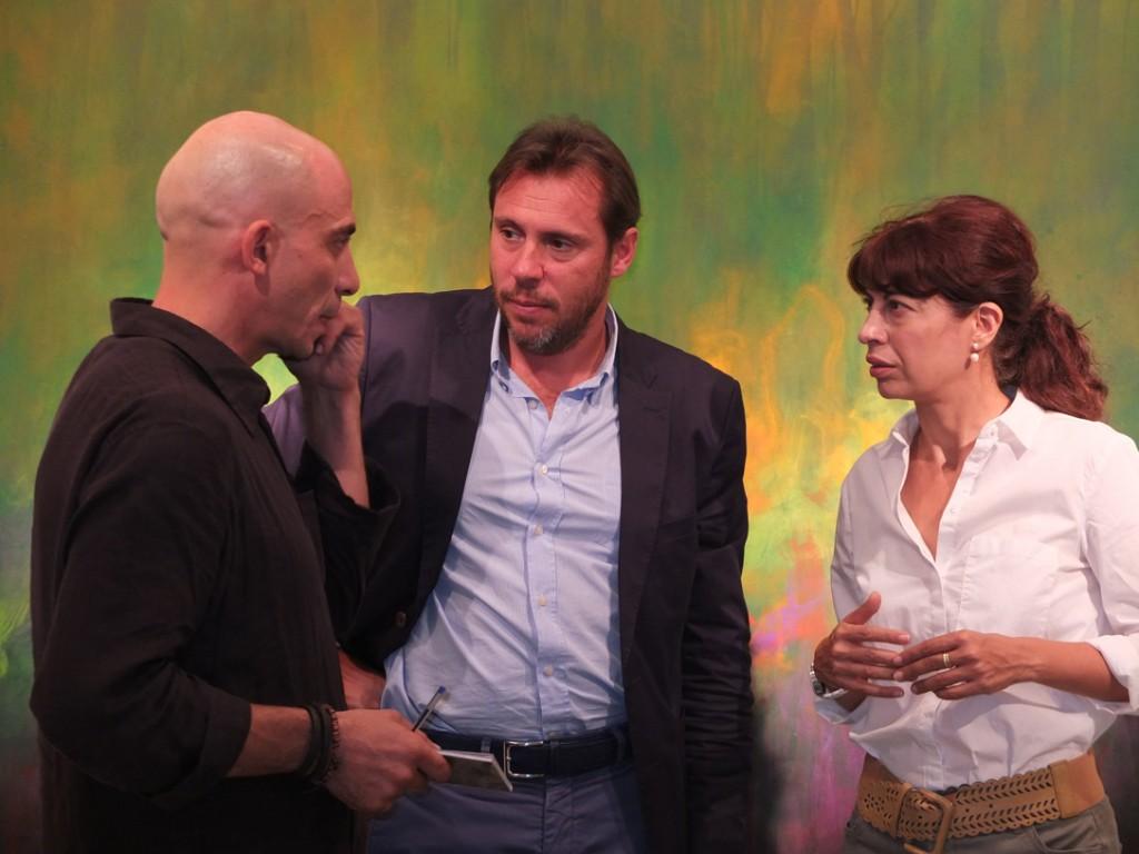 Jorge Adrados, artista, Óscar Puente, alcalde de Valladolid y Ana Redondo, concejala de Cultura y Turismo.
