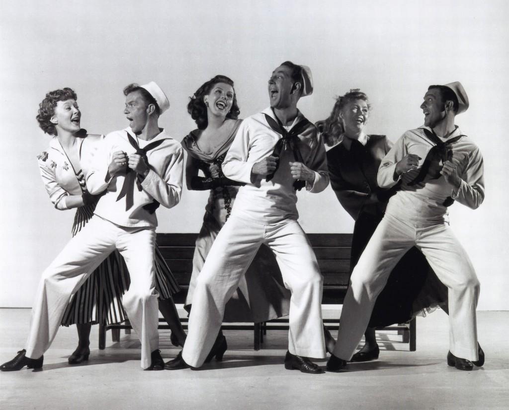 Una divertida imagen de las tres inolvidables parejas de Un día en Nueva York (Donen y Kelly, 1949)